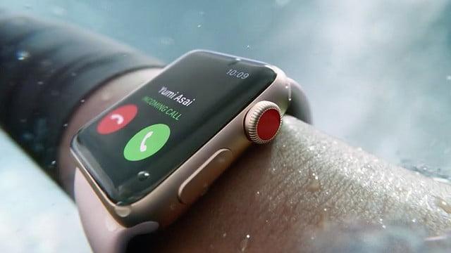1 apple watch 3