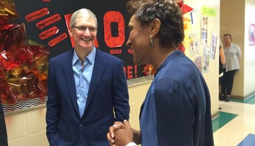 1 tweet tim cook abc news