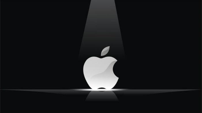 1 cover Apple in the spotlight