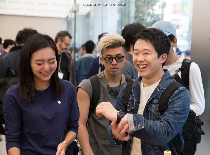2  - Apple Store Shinjuku opening day