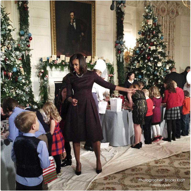 4AF white-house-christmas-holidays-brooks-kraft WITH IPHONE 6 PLUS
