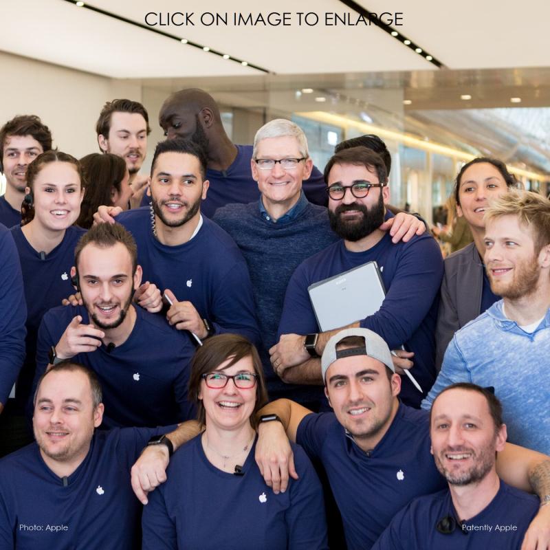 2af z88 Tim Cook in France apple store - Copy