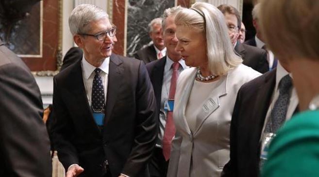 1AF X499999 APPLE AND IBM CEO'S AT WHITE HOUSE JUNE 19  2017