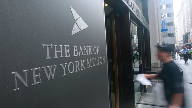 1 cover The Bank of New York Mellon  Apple re Ireland
