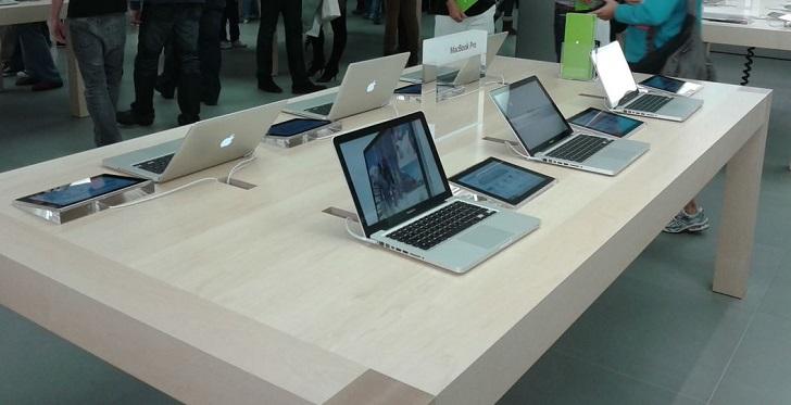 1 X MacBook Pro
