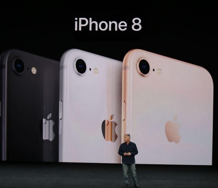 2  X iphone 8 best seller in Q3 2018