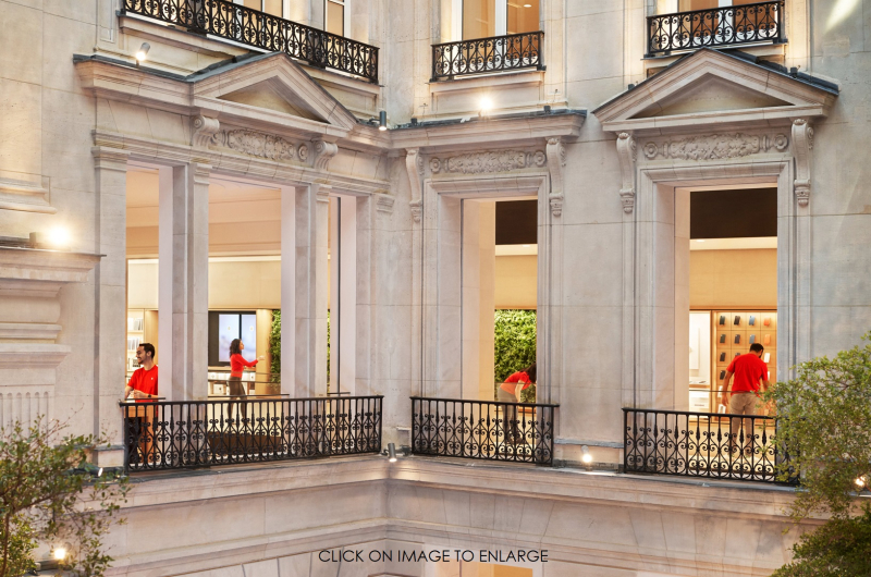 4 - Apple-Champs-Elysees-opens-team-members- PATENTLY APPLE REPORT