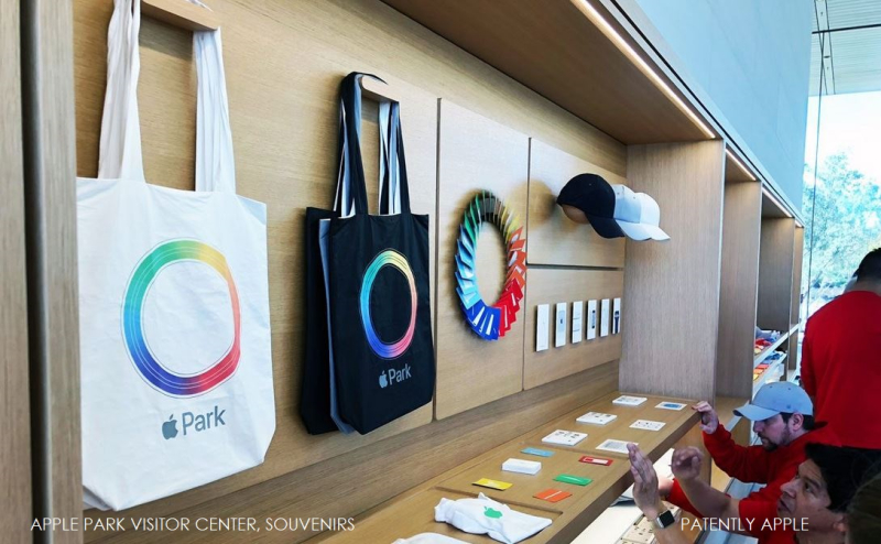 2 Extra tote bags merchandise Apple Park