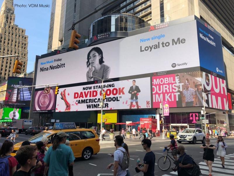 3 x VDM - Nina Nesbitt  NY Times Square  Spotify Ad