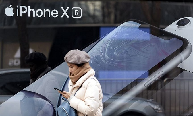 1 X Cover iPhone XR  display made by Japan Display