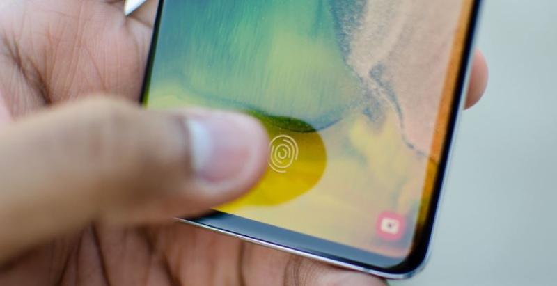 1 Samsung Phones hacked