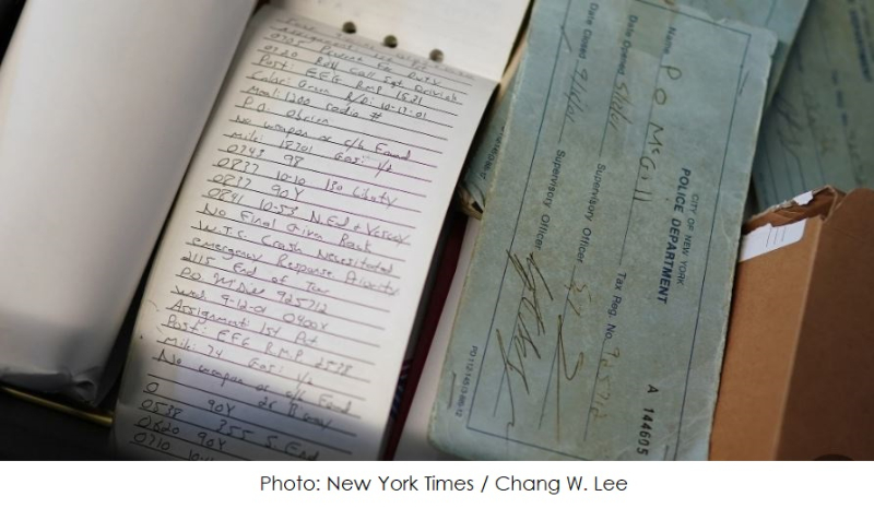 2 x NYTIMES CHANG W. Lee