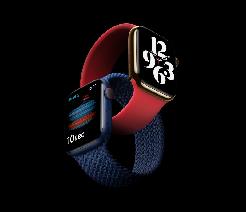 3 x Apple Watch in dark red and blue