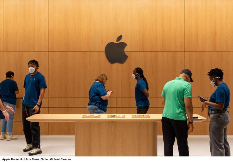 4 - Bronx Apple Store
