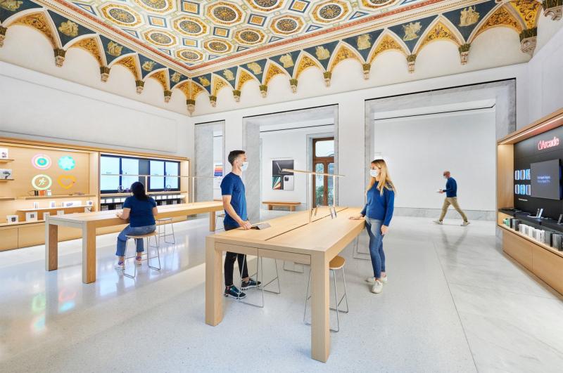 3 apple store rome