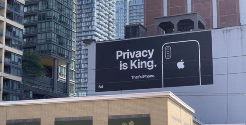 1 cover - Apple  Privacy is King